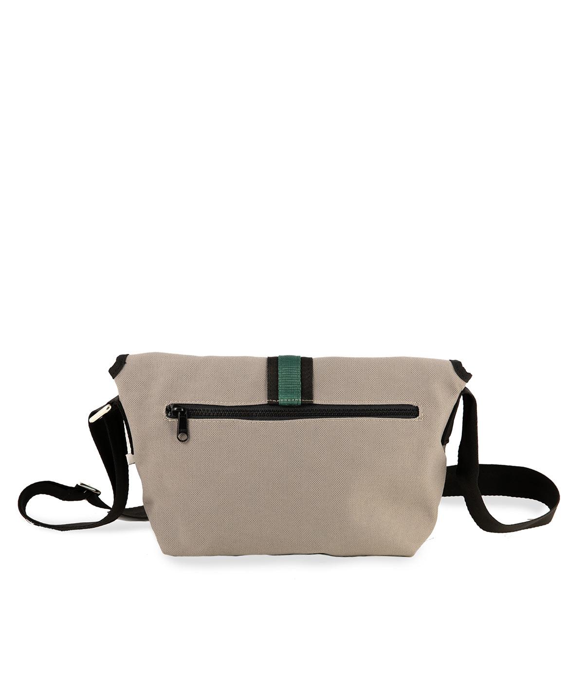 tracolla-grigio-chiaro-tessuto-tecnico-impermeabile-fascia-verde-bottiglia-retro